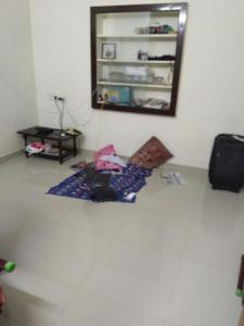 Gallery Cover Image of 900 Sq.ft 2 BHK Independent Floor for rent in Selaiyur for 15000