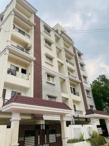 Gallery Cover Image of 1575 Sq.ft 3 BHK Apartment for buy in Sri Nagar Colony for 10237500
