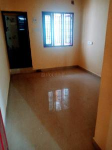 Gallery Cover Image of 500 Sq.ft 1 BHK Independent House for rent in Nanganallur for 8000