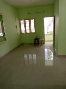 Gallery Cover Image of 900 Sq.ft 2 BHK Apartment for rent in Nanganallur for 14000