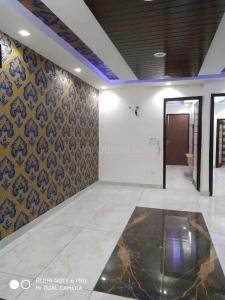 Gallery Cover Image of 700 Sq.ft 3 BHK Independent Floor for buy in Dwarka Mor for 3100000