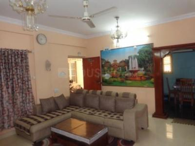 Gallery Cover Image of 1315 Sq.ft 3 BHK Apartment for rent in Neeladri Sadan, Murugeshpalya for 35000