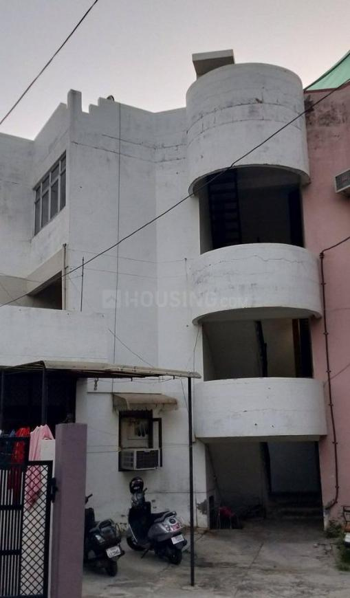 Building Image of 556 Sq.ft 1 BHK Apartment for buy in Shastri Nagar for 1900000