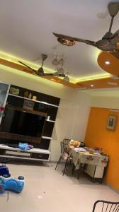 Gallery Cover Image of 1050 Sq.ft 2 BHK Apartment for rent in Ritu Horizon, Mira Road East for 23000