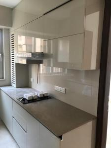 Gallery Cover Image of 1250 Sq.ft 2 BHK Apartment for rent in Hiranandani Zen Atlantis, Powai for 72000