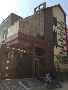 Gallery Cover Image of 5500 Sq.ft 6 BHK Villa for buy in Bandlaguda Jagir for 16500000