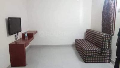 Gallery Cover Image of 700 Sq.ft 1 BHK Apartment for rent in Madhapur for 20000