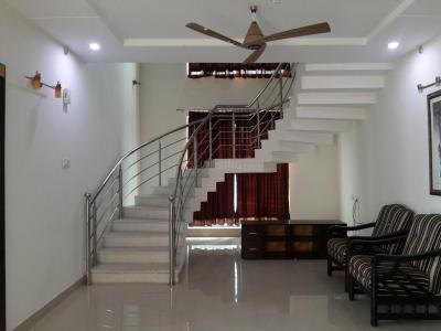 Gallery Cover Image of 3200 Sq.ft 3 BHK Apartment for rent in Manikonda for 40000