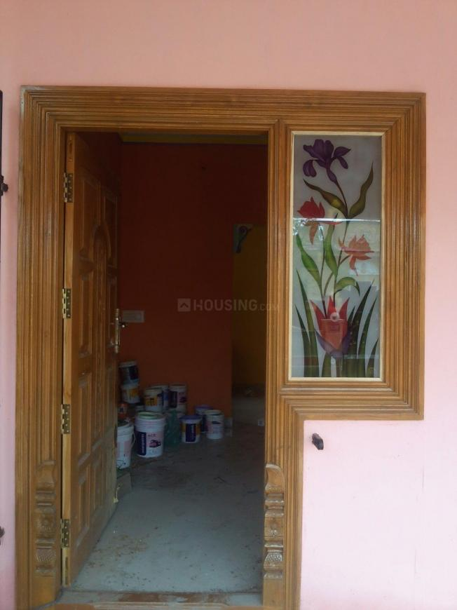 Main Entrance Image of 900 Sq.ft 2 BHK Independent House for buy in Veppampattu for 2100000