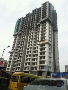 Gallery Cover Image of 725 Sq.ft 1 BHK Apartment for buy in Malad West for 10800000