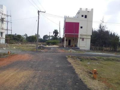 Gallery Cover Image of 750 Sq.ft 2 BHK Independent House for buy in Sithalapakkam for 3333333