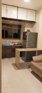 Gallery Cover Image of 1050 Sq.ft 1 BHK Apartment for rent in Jerome Apartments, Santacruz East for 35000