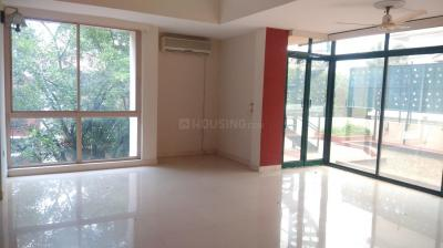 Gallery Cover Image of 2810 Sq.ft 3 BHK Apartment for buy in Cooke Town for 24000000