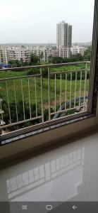 Gallery Cover Image of 900 Sq.ft 2 BHK Apartment for rent in Dharti Pressidio, Kandivali West for 30000