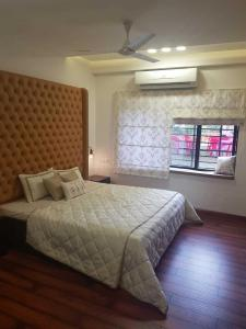 Gallery Cover Image of 1900 Sq.ft 2 BHK Independent House for rent in Apollo DB City, Nipania for 12500
