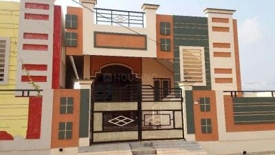 Gallery Cover Image of 1200 Sq.ft 2 BHK Independent House for buy in Kelambakkam for 3850000