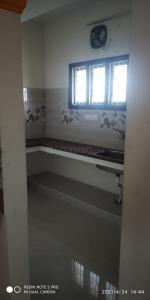Gallery Cover Image of 1100 Sq.ft 3 BHK Independent Floor for rent in Sholinganallur for 15000