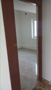 Gallery Cover Image of 755 Sq.ft 2 BHK Apartment for buy in Kundrathur for 3000000