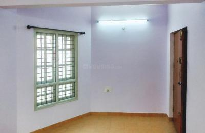 Gallery Cover Image of 960 Sq.ft 2 BHK Apartment for rent in Mathikere for 20000