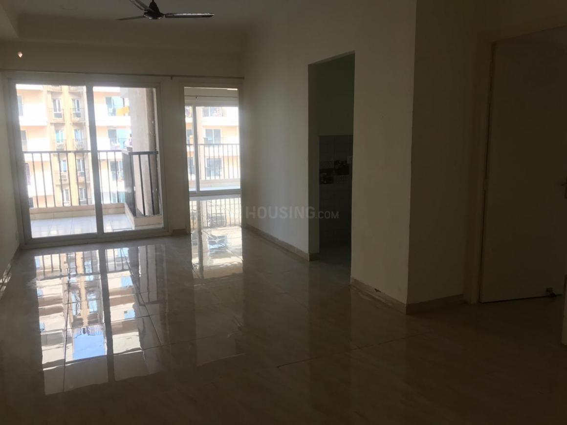 Living Room Image of 1300 Sq.ft 3 BHK Apartment for rent in Omicron I Greater Noida for 9000
