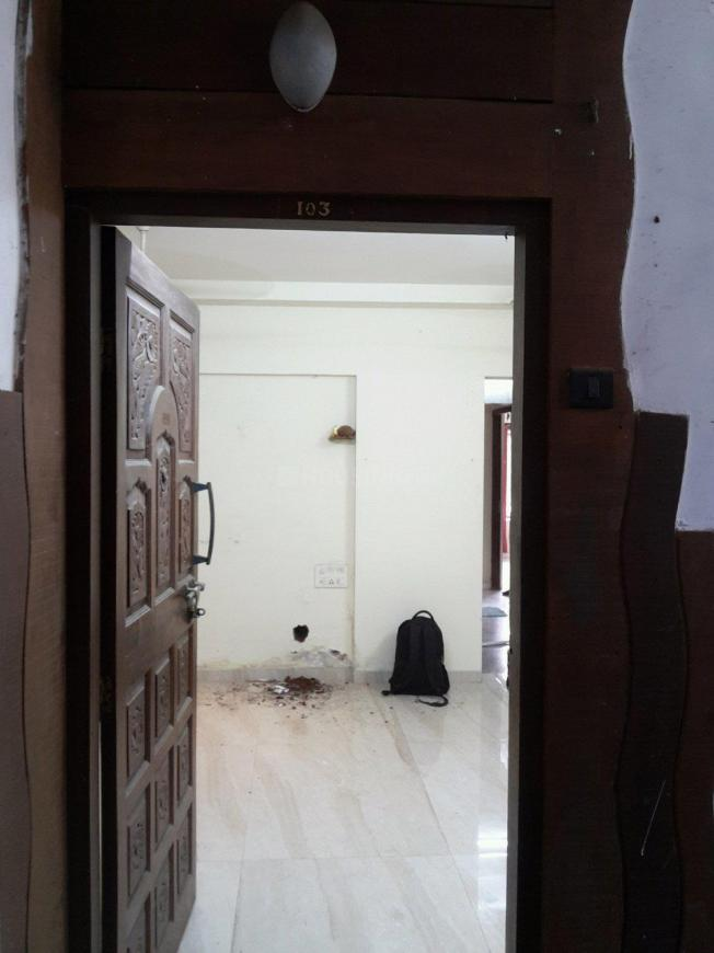 Main Entrance Image of 1700 Sq.ft 3 BHK Apartment for rent in Andheri West for 60000