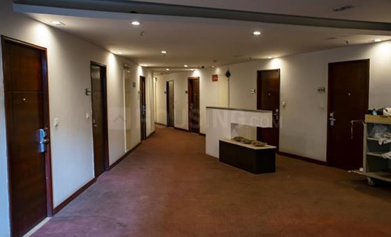 मराठाहल्लि में कोलिवे संजोसे के हॉल की तस्वीर