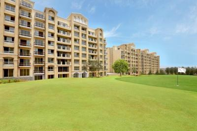 Gallery Cover Image of 700 Sq.ft 1 BHK Apartment for buy in Indiabulls Golf City, Tambati for 3200000