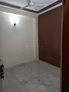 Gallery Cover Image of 800 Sq.ft 2 BHK Independent Floor for rent in RWA Khirki Extension Block R, Malviya Nagar for 15000
