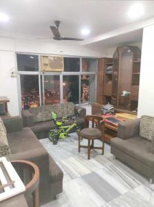 Gallery Cover Image of 850 Sq.ft 2 BHK Apartment for rent in Chembur for 52000