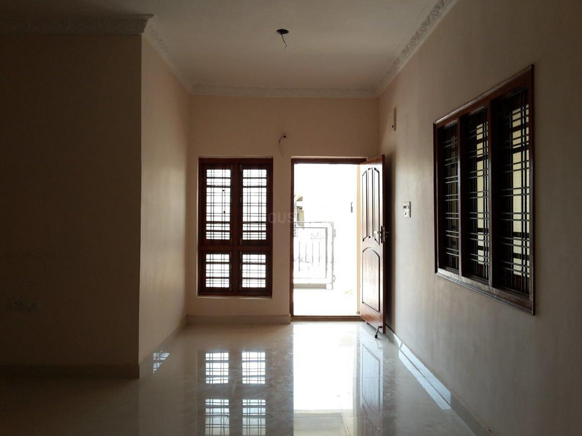 Living Room Image of 1295 Sq.ft 2 BHK Independent House for buy in Manneguda for 5800000