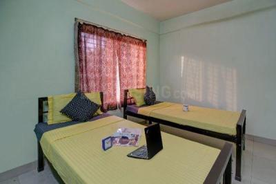 Bedroom Image of Oyo Life Kol1616 in Rajarhat