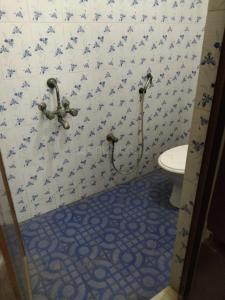 Bathroom Image of Annai Velankanni Guest House in Ramapuram
