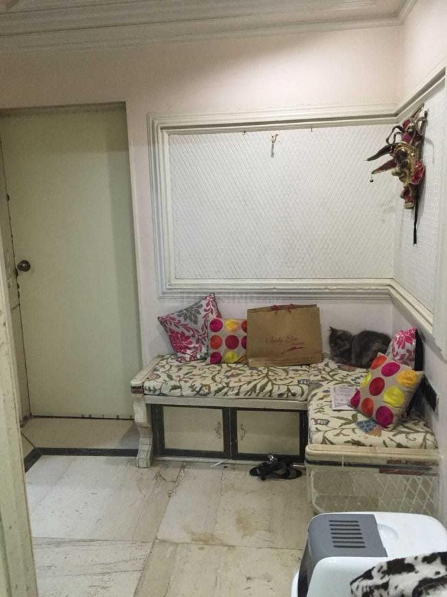 Living Room Image of 963 Sq.ft 2 BHK Apartment for rent in Andheri West for 52000