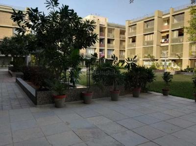 Gallery Cover Image of 2205 Sq.ft 3 BHK Apartment for buy in Thaltej for 16000000