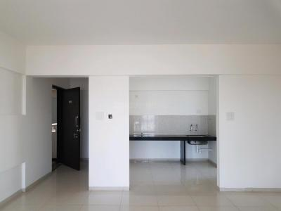 Gallery Cover Image of 950 Sq.ft 2 BHK Apartment for buy in Wakad for 5700000