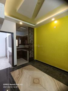 Gallery Cover Image of 500 Sq.ft 2 BHK Independent Floor for buy in Matiala for 2300000