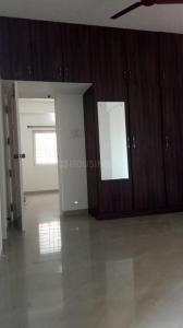 Gallery Cover Image of 1700 Sq.ft 3 BHK Apartment for rent in Thoraipakkam for 30000