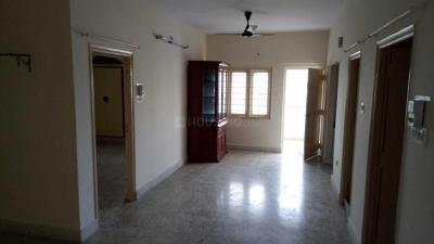 Gallery Cover Image of 1050 Sq.ft 2 BHK Apartment for rent in Golden Park, Bommanahalli for 15000