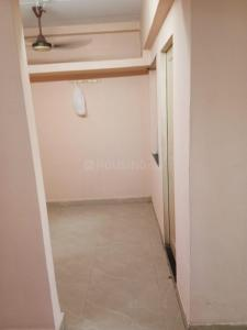 Gallery Cover Image of 275 Sq.ft 1 BHK Apartment for rent in Morarji Complex, Kandivali East for 12000