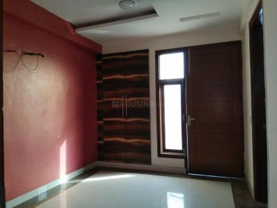 Gallery Cover Image of 1250 Sq.ft 3 BHK Independent Floor for rent in Chhattarpur for 17500
