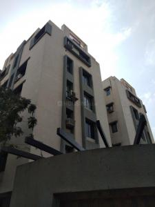 Gallery Cover Image of 1885 Sq.ft 3 BHK Apartment for rent in Satellite for 30000