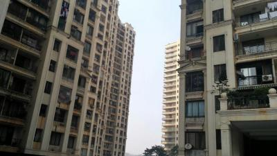 Gallery Cover Image of 1500 Sq.ft 3 BHK Apartment for rent in Supreme Lake Primrose, Powai for 68000