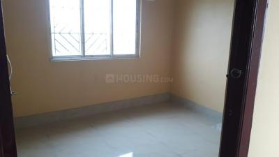 Gallery Cover Image of 890 Sq.ft 2 BHK Apartment for rent in South Dum Dum for 15000