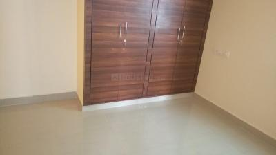 Gallery Cover Image of 560 Sq.ft 1 BHK Apartment for rent in Nallagandla for 15000