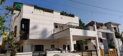 Gallery Cover Image of 2150 Sq.ft 4 BHK Villa for buy in Prabhat for 9800000