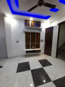 Gallery Cover Image of 500 Sq.ft 2 BHK Apartment for buy in Matiala for 2200000