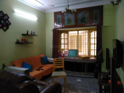 Gallery Cover Image of 2000 Sq.ft 4 BHK Apartment for rent in Indira Nagar for 40000
