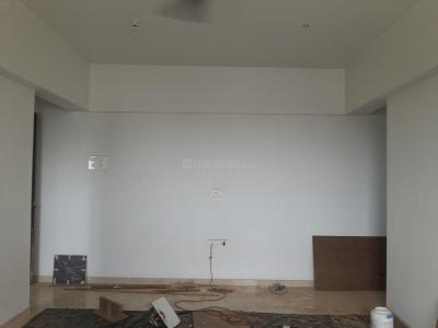 Gallery Cover Image of 650 Sq.ft 1 BHK Apartment for rent in Ghatkopar East for 35000