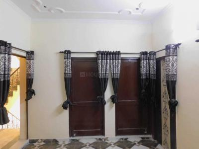Gallery Cover Image of 1550 Sq.ft 4 BHK Independent Floor for rent in PI Greater Noida for 24000