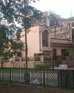 Gallery Cover Image of 1452 Sq.ft 3 BHK Independent House for buy in Delta II Greater Noida for 9000000